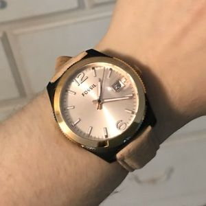 FOSSIL rose gold women's watch